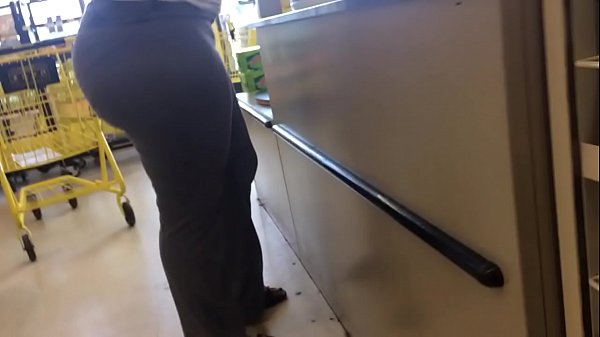 Candid, Store