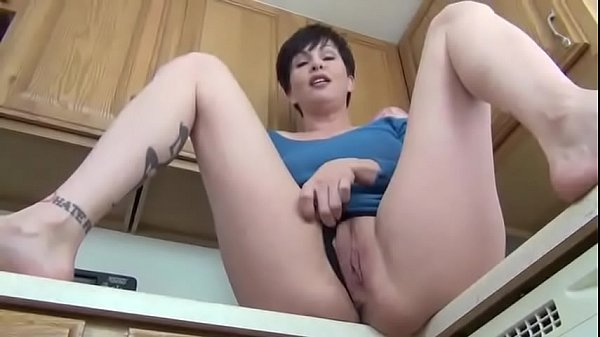 Step mom, Mom hot