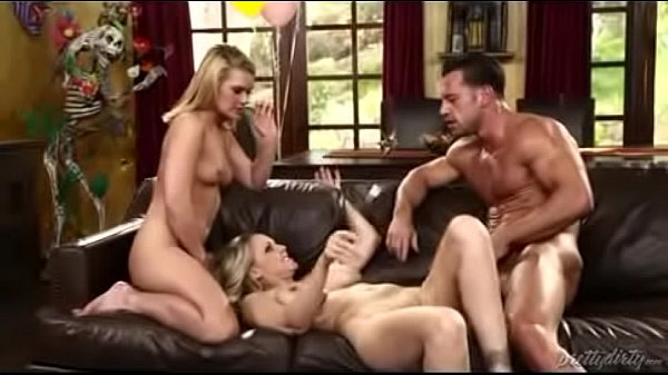 Julia ann, Julia, Cross, Johnny castle, Ann