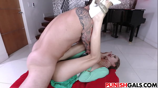 Samantha, Submissive