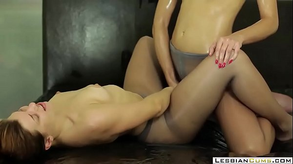 Oiled, Young lesbian